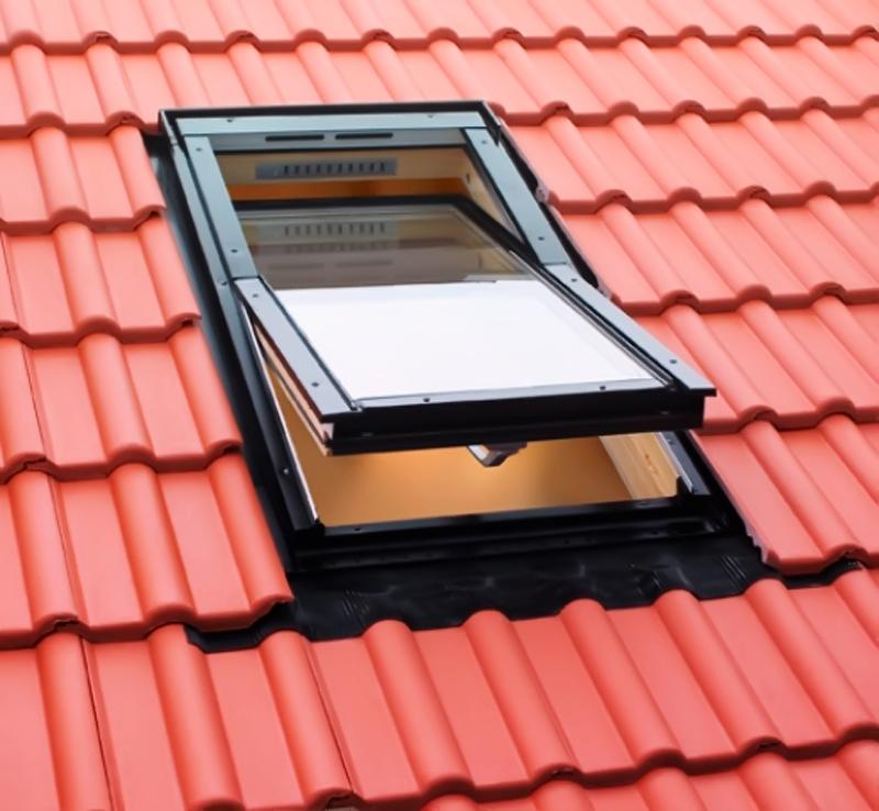 Мансардное окно Fakro FTS-V U2 - 1